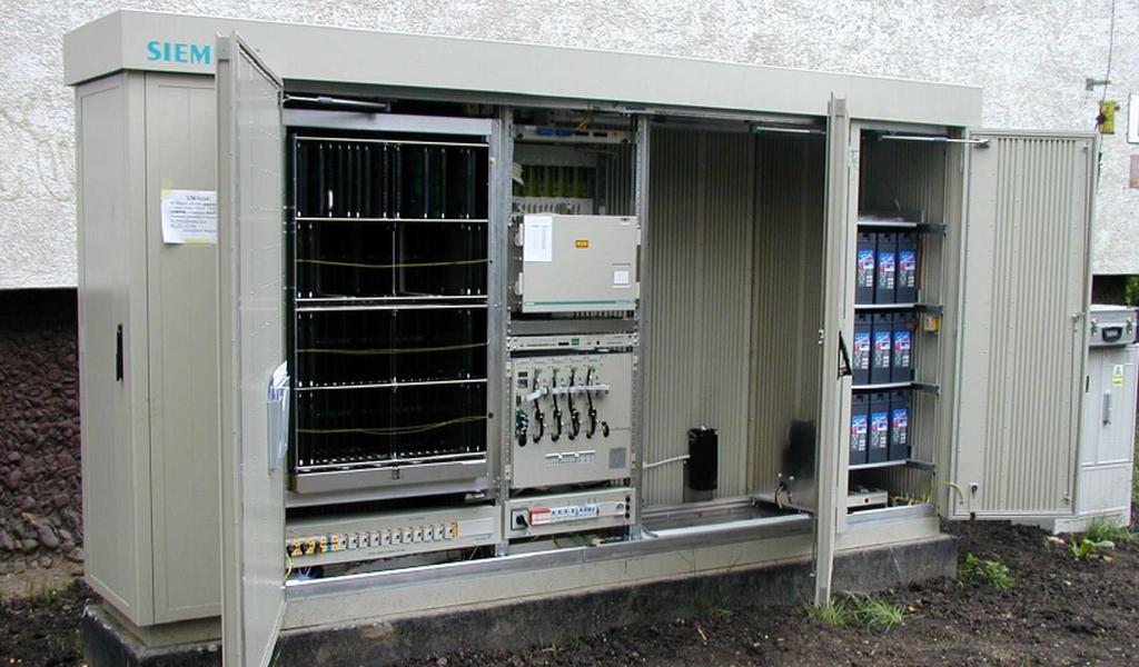 Kontenery i szafy telekomunikacyjne